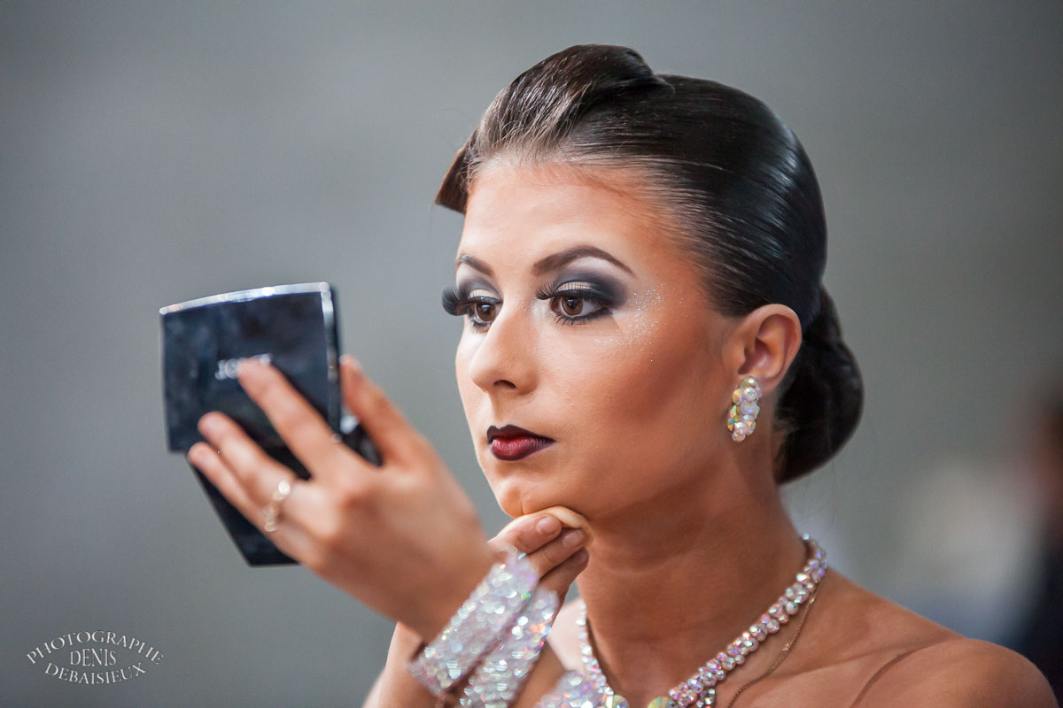 La danseuse au maquillage